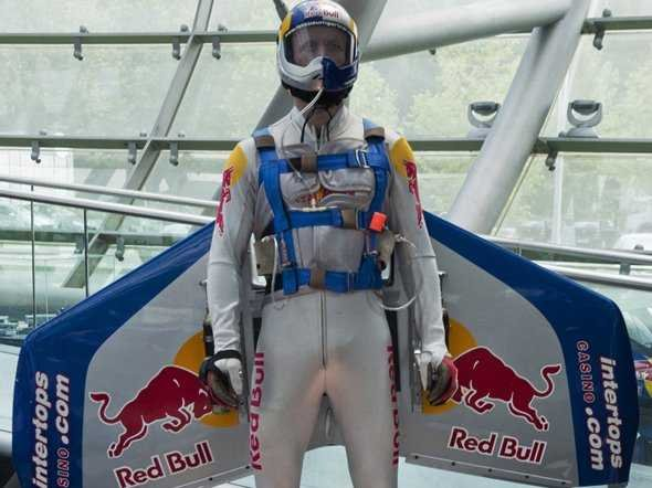 red bull essay Study of red bull's marketing strategy in china, are competing for the sports beverage market brands types of strategic thinking, with non-general sense localization strategy , the rapid rise of the chinese market red bull came to china early, faced with a completely blank market.