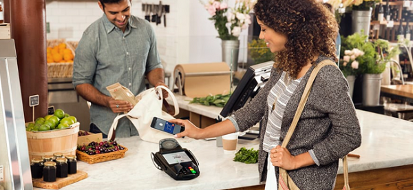1 in 4 UK shoppers intend to make a contactless payment with their smartphone in the next 12 months, says MasterCard