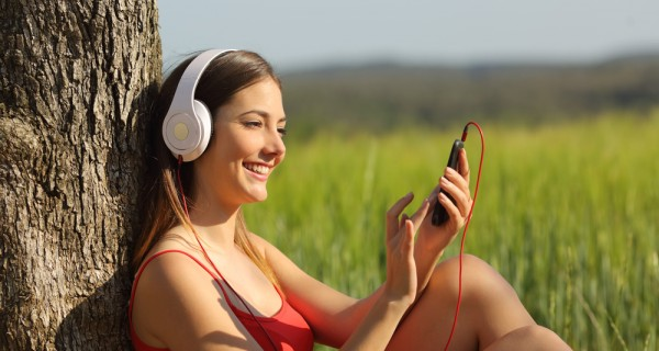 3 top tips for selecting music that reflects your brand / François Arbour, VP Product, Video and Music at Shutterstock