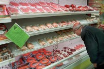 Frankfurters made of 'slurry', salami stuck together with glue and mince from 100 different cows
