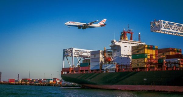 What is freight shipping? A beginner's guide for businesses